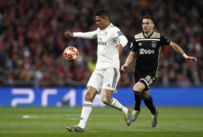 Real thanh cuu vuong Champions League sau tran thua 1-4 hinh anh 28