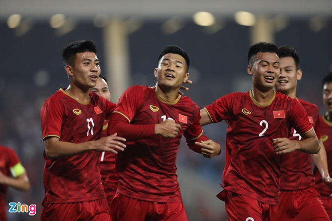 U23 Viet Nam dan dau bang sau tran thang 6-0 hinh anh 1