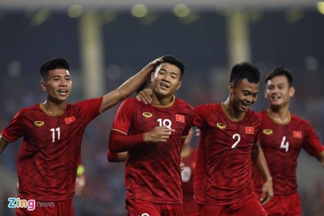 U23 Viet Nam dan dau bang sau tran thang 6-0 hinh anh 12