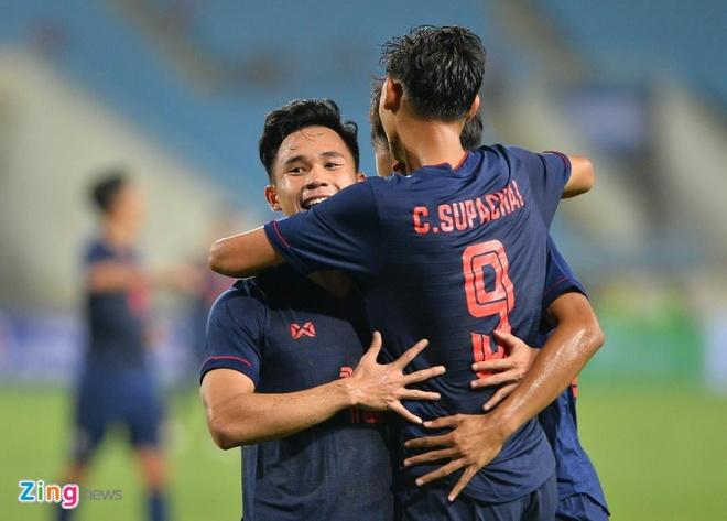 U23 Thai Lan de bep Brunei 8-0, gay suc ep toi Viet Nam hinh anh 4