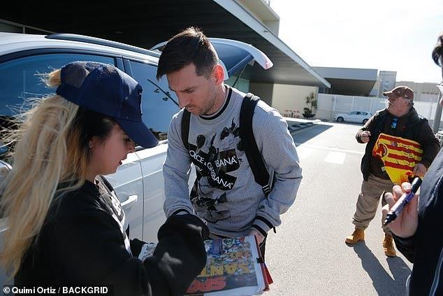 Messi tro lai Barcelona sau khi dinh chan thuong hang hinh anh 2