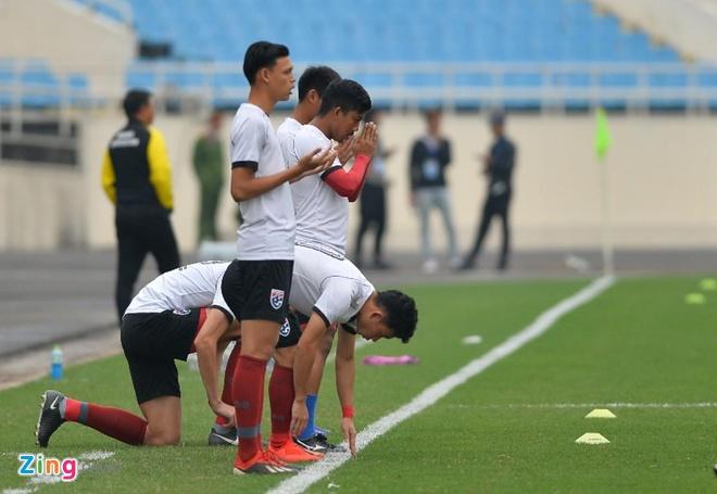 U23 Thai Lan de bep Brunei 8-0, gay suc ep toi Viet Nam hinh anh 9