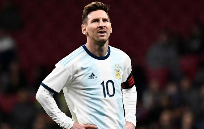 Messi tro lai Barcelona sau khi dinh chan thuong hang hinh anh 7