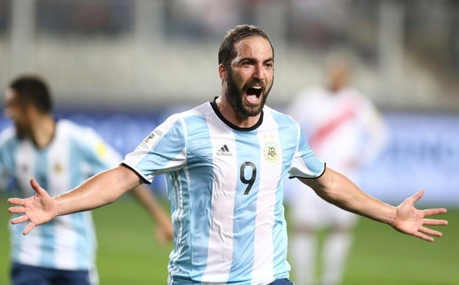 Higuain chia tay doi tuyen, CDV Argentina an mung hinh anh 1