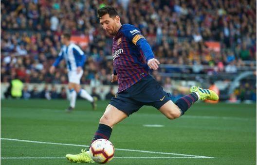 Messi toa sang giup Barca danh bai Espanyol 2-0 hinh anh 23