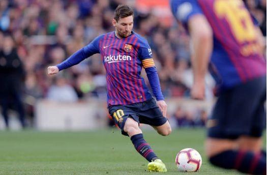 Messi toa sang giup Barca danh bai Espanyol 2-0 hinh anh 26