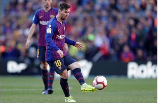 Messi toa sang giup Barca danh bai Espanyol 2-0 hinh anh 27