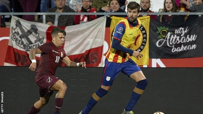 Pique che nhao Real Madrid tren song truyen hinh hinh anh 2