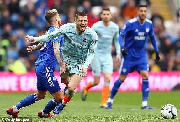 Chelsea nguoc dong ha Cardiff nho ban thang viet vi hinh anh 1