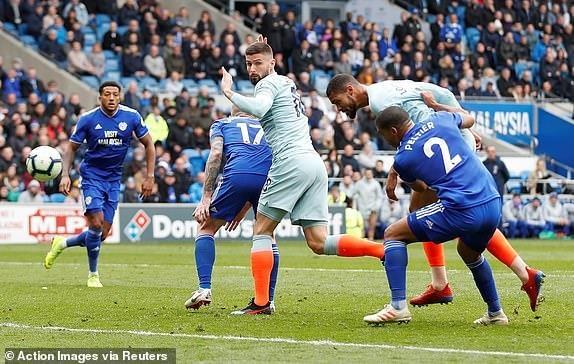 Chelsea nguoc dong ha Cardiff nho ban thang viet vi hinh anh 24