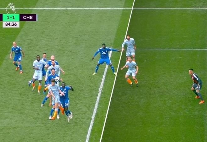 Chelsea nguoc dong ha Cardiff nho ban thang viet vi hinh anh 2