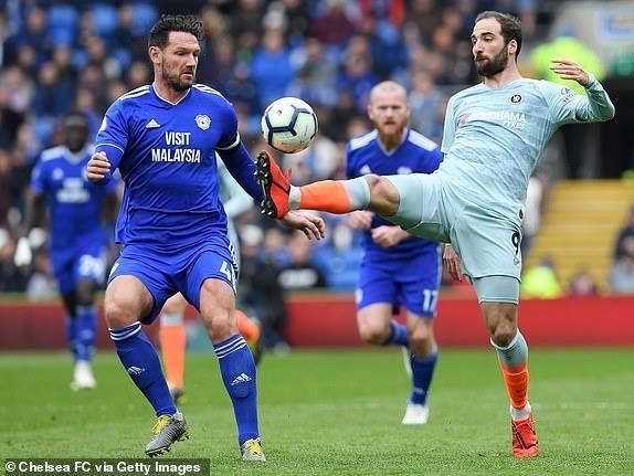 Chelsea nguoc dong ha Cardiff nho ban thang viet vi hinh anh 15