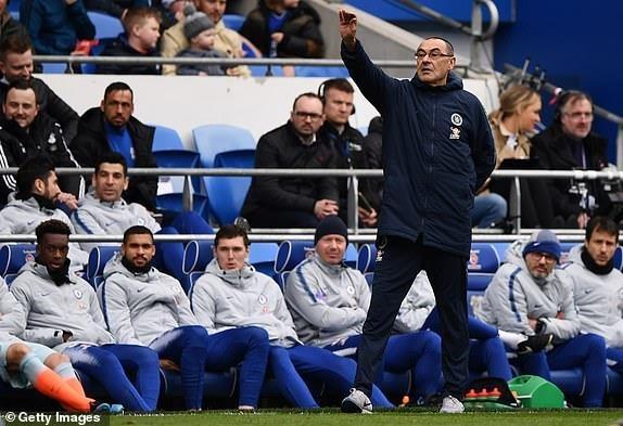 Chelsea nguoc dong ha Cardiff nho ban thang viet vi hinh anh 13