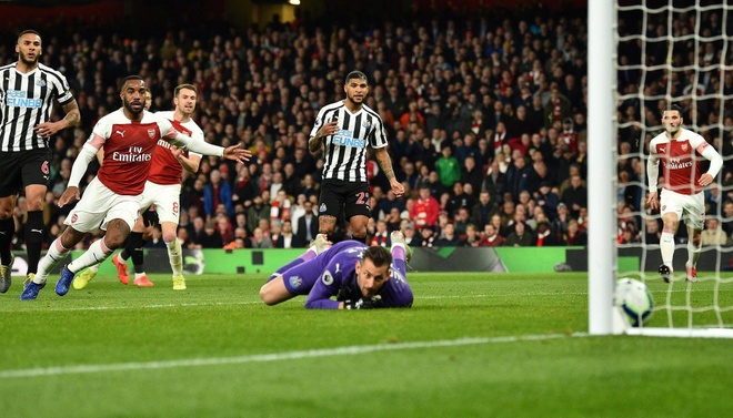 Xem lại Arsenal vs Newcastle Utd