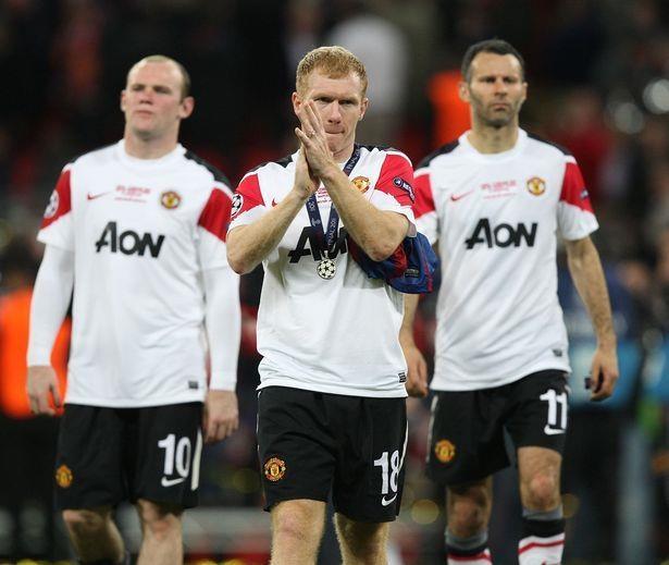Doi hinh Man Utd bi Messi danh bai nam 2011 gio o dau? hinh anh 13