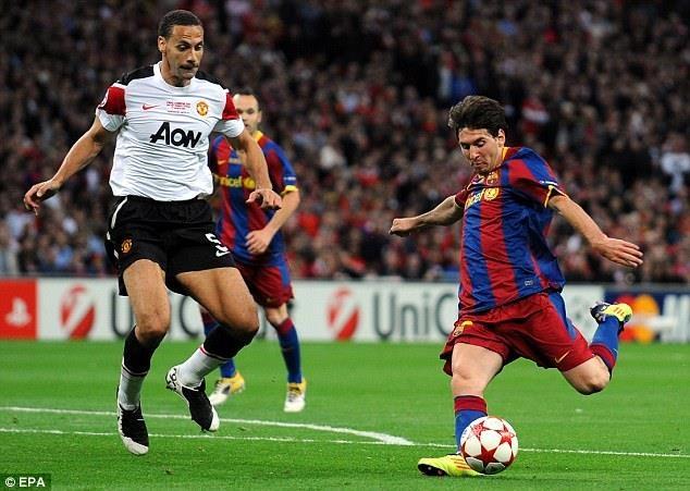Doi hinh Man Utd bi Messi danh bai nam 2011 gio o dau? hinh anh 4