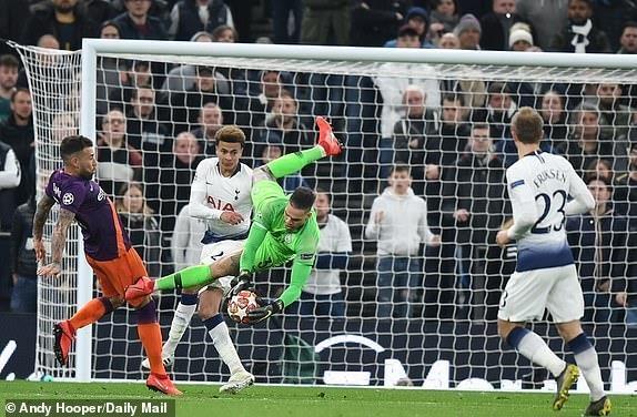 truc tiep Man City vs Tottenham anh 23
