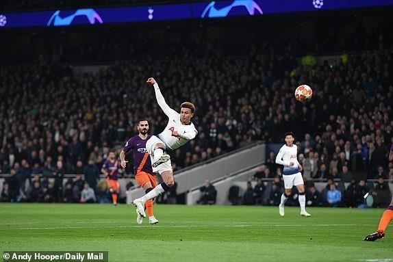 truc tiep Man City vs Tottenham anh 15