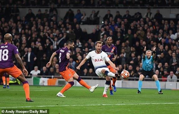 truc tiep Man City vs Tottenham anh 19
