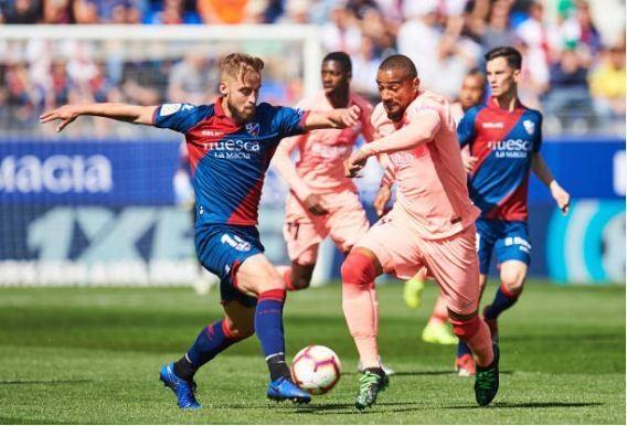 Khong Messi, Barcelona bi doi bet bang cam hoa hinh anh 13