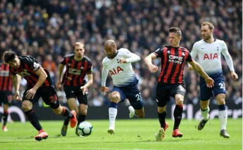 Lucas Moura lap hat-trick giup Tottenham de bep Huddersfield 4-0 hinh anh 11