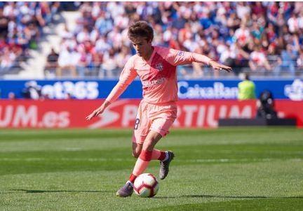Khong Messi, Barcelona bi doi bet bang cam hoa hinh anh 17