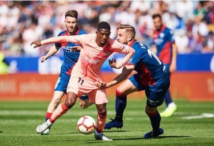 Khong Messi, Barcelona bi doi bet bang cam hoa hinh anh 16