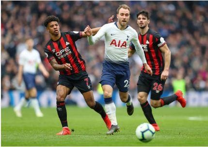 Lucas Moura lap hat-trick giup Tottenham de bep Huddersfield 4-0 hinh anh 19