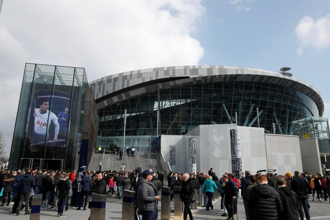 Lucas Moura lap hat-trick giup Tottenham de bep Huddersfield 4-0 hinh anh 6