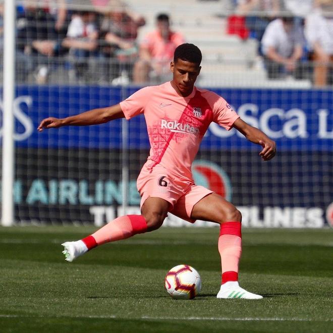 Khong Messi, Barcelona bi doi bet bang cam hoa hinh anh 11
