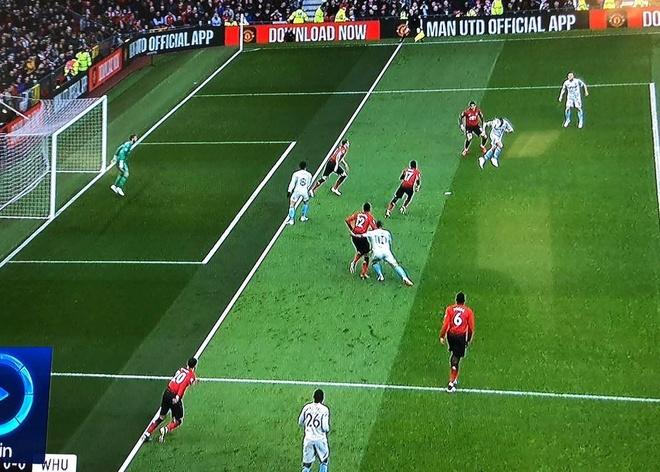 Man Utd 2-1 West Ham: Pogba lap cu dup tren cham 11 m hinh anh 17