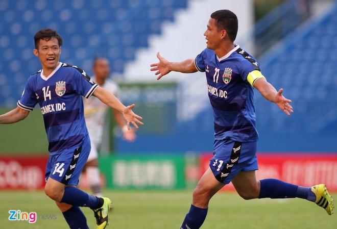 Anh Duc toa sang giup Binh Duong de bep Shan United 6-0 hinh anh 12