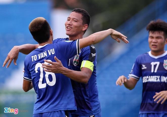 Anh Duc toa sang giup Binh Duong de bep Shan United 6-0 hinh anh 14