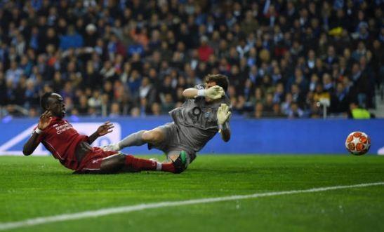 De bep Porto, Liverpool doi dau Barca tai ban ket Champions League hinh anh 25
