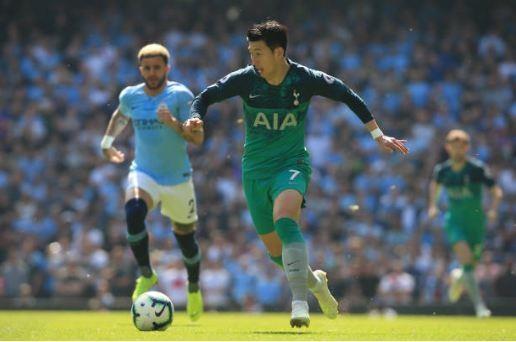 Man City tro lai ngoi dau sau chien thang truoc Tottenham hinh anh 23