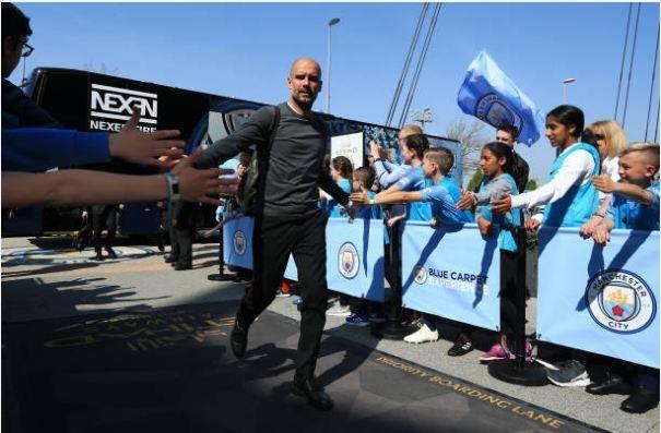 Man City tro lai ngoi dau sau chien thang truoc Tottenham hinh anh 12