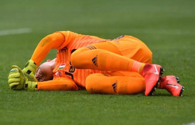 Ha Fiorentina, Ronaldo cung Juventus vo dich Serie A som 5 vong hinh anh 9