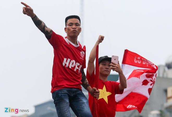 Quang Hai ghi ban, CLB Ha Noi loi nguoc dong truoc Hai Phong hinh anh 10