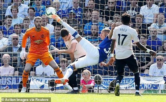 MU bi Everton si nhuc bang chien thang 4-0 hinh anh 14