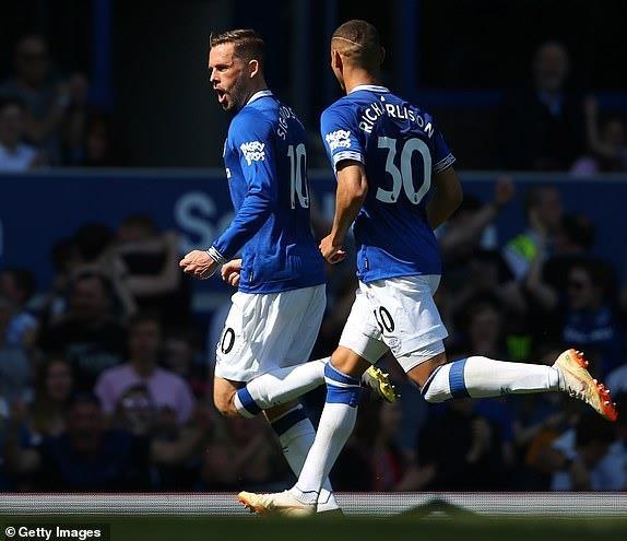 MU bi Everton si nhuc bang chien thang 4-0 hinh anh 18