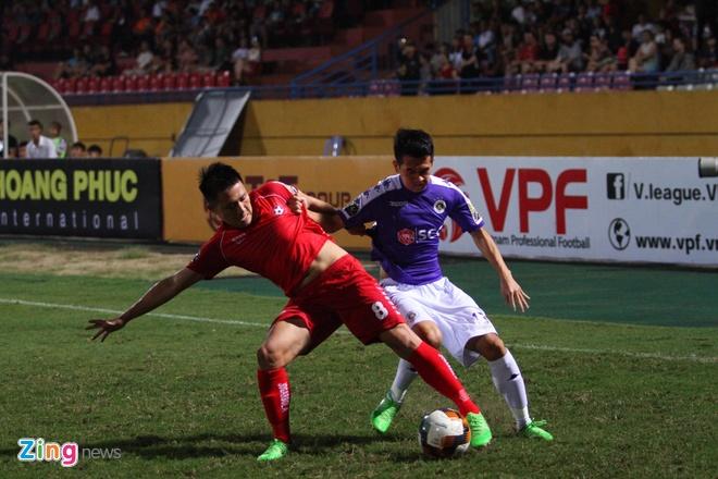 Quang Hai ghi ban, CLB Ha Noi loi nguoc dong truoc Hai Phong hinh anh 29