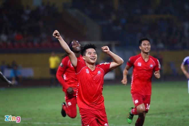 Quang Hai ghi ban, CLB Ha Noi loi nguoc dong truoc Hai Phong hinh anh 42