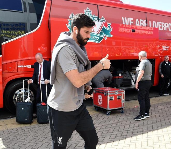 Liverpool tro lai ngoi dau sau chien thang truoc Cardiff City hinh anh 8