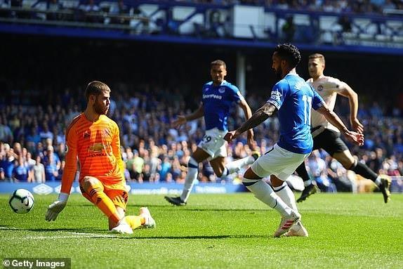 MU bi Everton si nhuc bang chien thang 4-0 hinh anh 25