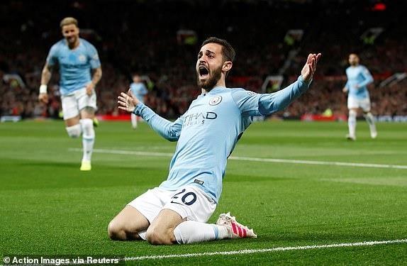 Ha MU, Man City tien buoc dai trong cuoc dua vo dich Premier League hinh anh 24