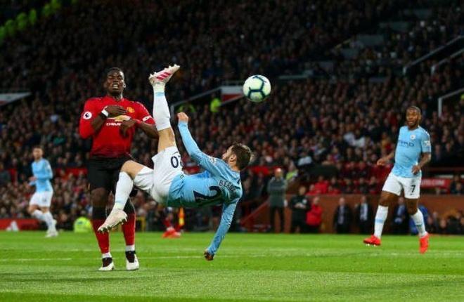 Ha MU, Man City tien buoc dai trong cuoc dua vo dich Premier League hinh anh 17