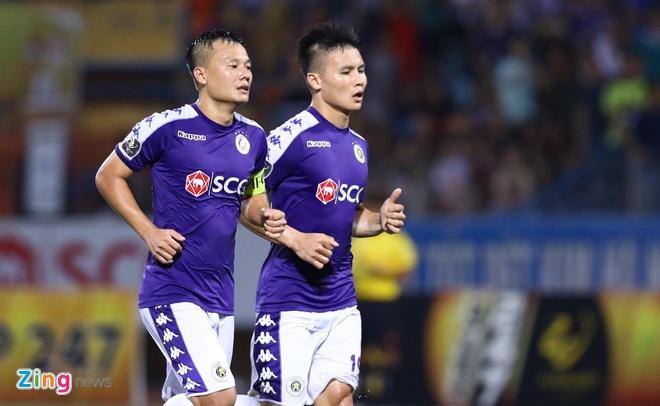 Quang Hai toa sang giup CLB Ha Noi len dinh V.League hinh anh 20
