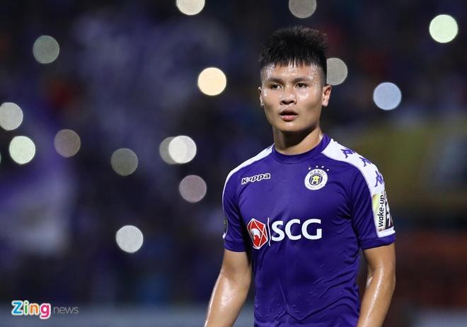 Quang Hai toa sang giup CLB Ha Noi len dinh V.League hinh anh 21