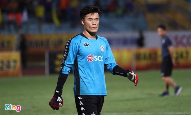 Quang Hai toa sang giup CLB Ha Noi len dinh V.League hinh anh 7