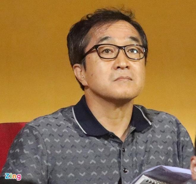 Quang Hai toa sang giup CLB Ha Noi len dinh V.League hinh anh 12